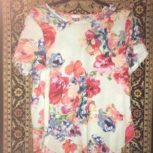 Ladies Spence short sleeve blouse size Medium
